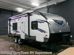 New 2017  Forest River Salem Cruise Lite 241QBXL by Forest River from TerryTown RV Superstore in Grand Rapids, MI