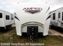 Used 2015  EverGreen RV Amped 32KS by EverGreen RV from TerryTown RV Superstore in Grand Rapids, MI