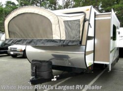 Used 2015  Starcraft Travel Star Expandable 227CKS Slide-out with Outside Fridge by Starcraft from White Horse RV Center in Egg Harbor City, NJ