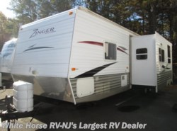 Used 2009  CrossRoads Zinger 32QB 2-BdRM Slide Queen Bed, Rear Bunks/Dinette by CrossRoads from White Horse RV Center in Egg Harbor City, NJ