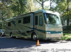 Used 2005  Beaver Monterey 38 Huntington III by Beaver from The Motorhome Brokers - FL in Florida