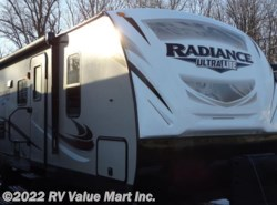 New 2017 Cruiser RV Radiance Ultra Lite R-30DS available in Lititz, Pennsylvania