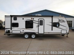 New 2017  Jayco Jay Flight SLX 264BHW by Jayco from Thompson Family RV LLC in Davenport, IA