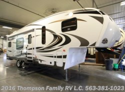 Used 2014  Keystone Cougar X-LITE 27RKS by Keystone from Thompson Family RV LLC in Davenport, IA