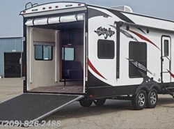 Used 2016  Cruiser RV Stryker ST-2812 by Cruiser RV from www.RVToscano.com in Los Banos, CA