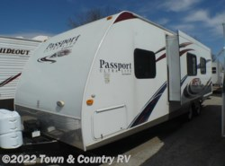 Used 2011  Keystone Passport 280BH by Keystone from Town & Country RV in Clyde, OH