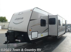 New 2017  Jayco Jay Flight 32TSBH by Jayco from Town & Country RV in Clyde, OH
