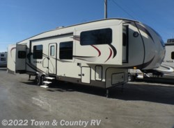 Used 2016  Jayco Eagle 339FLQS by Jayco from Town & Country RV in Clyde, OH