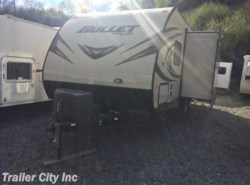 Used 2015  Keystone Bullet 252BHS by Keystone from Trailer City, Inc. in Whitehall, WV