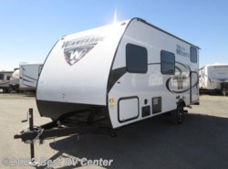New 2017  Winnebago Micro Minnie 1700BH /TWIN BUNKS/FRONT QUEEN by Winnebago from Best RV Center in Turlock, CA