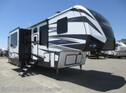 New 2019 Keystone Fuzion FZ357 CALL FOR THE LOWEST PRICE! / 13.6 Ft Garage/ available in Turlock, California