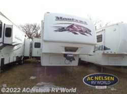 Used 2008  Keystone Montana 3400 RL by Keystone from AC Nelsen RV World in Shakopee, MN