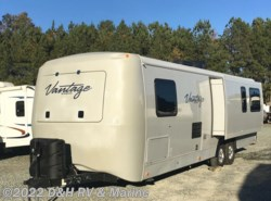 Used 2012 Keystone Vantage 29RLS available in Apex, North Carolina