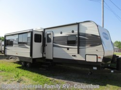 New 2017  Prime Time Avenger 32QBI by Prime Time from Colerain RV of Columbus in Delaware, OH