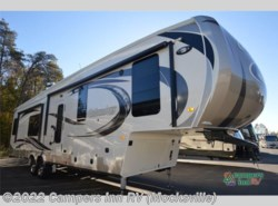 New 2017  Palomino Columbus F366RL by Palomino from Campers Inn RV in Mocksville, NC