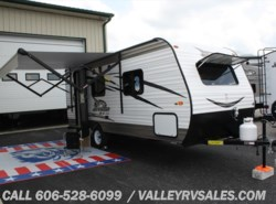 New 2017  Jayco Jay Flight SLX 195RB by Jayco from Valley RV Sales in Corbin, KY