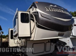 Used 2015 Keystone Montana 3711FL available in Fort Worth, Texas
