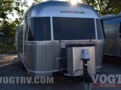 New 2017  Airstream Flying Cloud 23FB by Airstream from Vogt Family Fun Center  in Fort Worth, TX