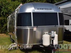 New 2017  Airstream Flying Cloud 28 by Airstream from Vogt Family Fun Center  in Fort Worth, TX