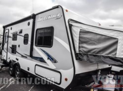 New 2017  Jayco Jay Feather 7 19XUD by Jayco from Vogt Family Fun Center  in Fort Worth, TX