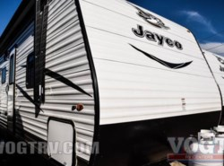 New 2017  Jayco Jay Flight 32TSBH by Jayco from Vogt Family Fun Center  in Fort Worth, TX