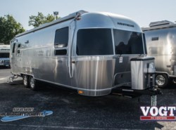 New 2018 Airstream Flying Cloud 27FB available in Fort Worth, Texas