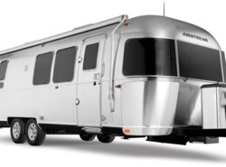 New 2018 Airstream Flying Cloud 28 Twin available in Fort Worth, Texas