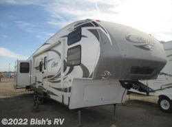 Used 2012  Keystone Cougar 322QBS by Keystone from Bish's RV Supercenter in Nampa, ID