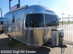 New 2016  Airstream Flying Cloud 20 by Airstream from Vogt RV Center in Ft. Worth, TX