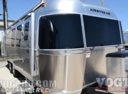 New 2017  Airstream International Signature 28 by Airstream from Vogt RV Center in Ft. Worth, TX