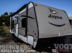 Used 2016  Jayco Jay Flight 23RB by Jayco from Vogt RV Center in Ft. Worth, TX