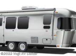 Used 2017 Airstream Flying Cloud 26U available in Ft. Worth, Texas