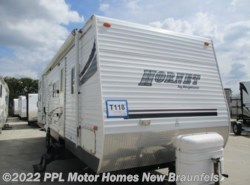 Used 2005  Keystone Hornet 31BHS by Keystone from PPL Motor Homes in New Braunfels, TX