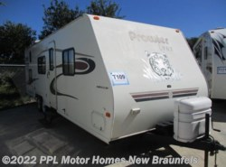 Used 2003  Fleetwood  Ultra Lite Prowler Lynx 829T by Fleetwood from PPL Motor Homes in New Braunfels, TX