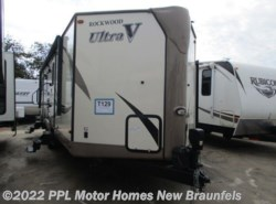 Used 2017  Rockwood  Ultra V Series 2715 VS by Rockwood from PPL Motor Homes in New Braunfels, TX