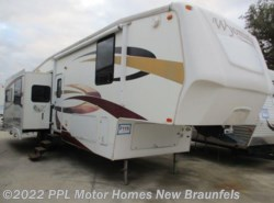 Used 2009  Coachmen Wyoming  335RETS by Coachmen from PPL Motor Homes in New Braunfels, TX