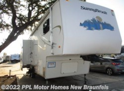 Used 2004  SunnyBrook  28RLKS by SunnyBrook from PPL Motor Homes in New Braunfels, TX