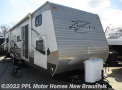 Used 2015  CrossRoads Zinger 390BH by CrossRoads from PPL Motor Homes in New Braunfels, TX