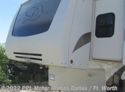 Used 2008  DRV Select Suites 38RD4 by DRV from PPL Motor Homes in Cleburne, TX