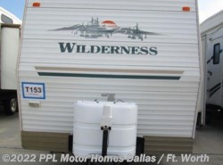 Used 2004  Fleetwood Wilderness 270FQS by Fleetwood from PPL Motor Homes in Cleburne, TX