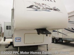 Used 2006  Dutchmen Denali 31RGBS-M5 by Dutchmen from PPL Motor Homes in Cleburne, TX