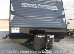 Used 2017  Heartland RV  Trailrunner Sle 30SLE by Heartland RV from PPL Motor Homes in Cleburne, TX