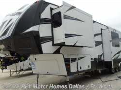 Used 2016 Dutchmen Voltage 3970 available in Cleburne, Texas