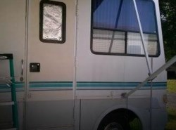Used 1996  Coachmen Santara 350 FL by Coachmen from POP RVs in Sarasota, FL