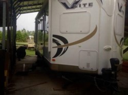 Used 2011  Forest River  V-Lite 30 WFKSS by Forest River from POP RVs in Sarasota, FL