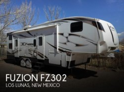 Used 2009  Keystone Fuzion FZ302 by Keystone from POP RVs in Sarasota, FL