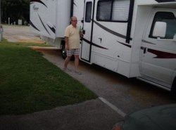 Used 2011  Coachmen Freelander  32BH by Coachmen from POP RVs in Sarasota, FL