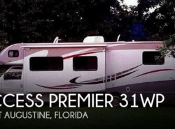 Used 2013  Winnebago Access Premier 31WP by Winnebago from POP RVs in Sarasota, FL