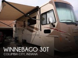 Used 2016  Winnebago  Winnebago 30T by Winnebago from POP RVs in Sarasota, FL