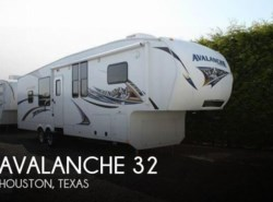 Used 2011  Keystone Avalanche 32 by Keystone from POP RVs in Sarasota, FL